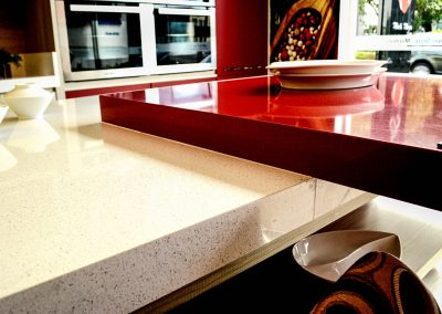 Silestone Rojo Eros Blanco Maple